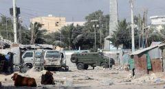 الرئيس الصومالي السابق يعلن عن تعرض مقره لهجوم من قبل عسكريين ويحمل خليفته المسؤولية