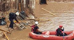 تخليص عالقين من ورشة بناء غمرتها مياه الأمطار في كفار سابا