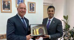 وزير التربية والتعليم يوآف غالانت يلتقي بالسفير الإماراتي والإعلان عن إطلاق مشروع تبادل بعثات طلابية بين الدولتين