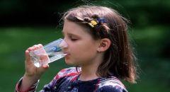 خبيرة تغذية: الماء أفضل المشروبات