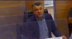 النائب جبارين يغلق جلسة لجنة حقوق الطفل احتجاجًا على استهتار الحكومة بسلامة الأطفال