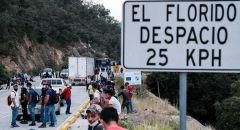 مئات الهندوراسيين يتركون قافلة المهاجرين إلى أمريكا ويعودون إلى ديارهم