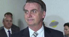 اتهام رئيس البرازيل بادعاء إصابته بفيروس الكورونا لترويج دواء