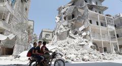 تركيا تدفع بتعزيزات عسكرية إلى إدلب السورية