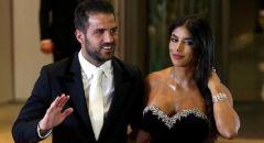 فابريغاس بتغزل بزوجته اللبنانية في ذكرى زواجهما الثاني