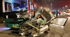 اصابة خطيرة لشاب 18 عام سحقت حافلة سيارته على شارع رقم 3 في الجنوب