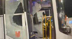 لائحة اتهام ضد شاب من عرابة بإلحاق الضرر بحافلة واصابة السائق