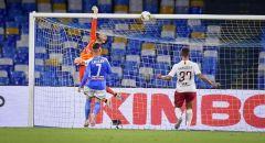 نابولي ينتزع فوزا ثمينا من نادي روما
