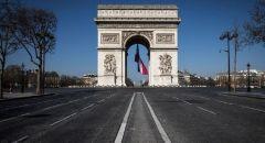 فرنسا.. أكثر من 800 وفاة و11795 إصابة جديدة بكورونا