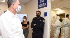 وزير الصحّة يتضامن مع الممرضات والممرضين خلال زيارته الى مستشفى إيخيلوف
