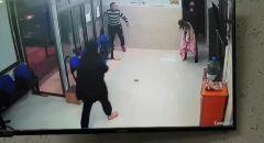 توثيق بالفيديو: انقاذ حياة طفلة كانت على وشك الموت اختناقاً في مركز صحي ببلدة قباطية جنين