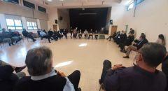 اجتماع طارئ في كفرقرع بعد جريمة مقتل الشاب سليمان مصاروة وإعلان الاضراب العام ومسيرة احتجاجية