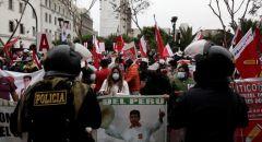 توترات في بيرو وسط ترقب إعلان فوز اليساري كاستيليو في انتخابات الرئاسة