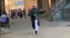 الإمام المزيف  يحال للتحقيق بعد فيديو فراره من الشرطة
