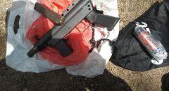 اعتقال مشتبه من سكان قرية العرامشة بشبهة حيازة سلاح وقنبلة يدوية