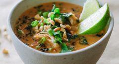 حساء الأرز والدجاج بالكاري