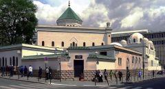 الحكومة الفرنسية توافق على السماح بإقامة الشعائر الدينية الجماعية بشرطين