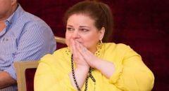 إيمي سمير غانم تطلب من متابعيها الدعاء لوالدتها