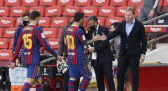 """مدرب برشلونة """"الغاضب"""" مهدد بعقوبة قاسية بسبب انتقاد تقنية الفيديو بعد """"الكلاسيكو"""""""