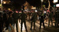 المئات يتظاهرون في تل ابيب ضد سياسات الحكومة ونتنياهو ومواجهات مع الشرطة