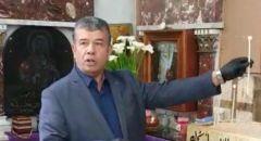 الرامة: رئيس مجلس الرامة يضيئ الشموع في الكنيسة