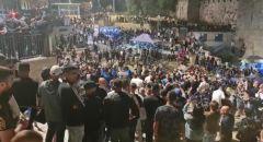 اصابات واعتقالات خلال مواجهات مع الشرطة فجر اليوم في المسجد الأقصى