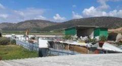 دبورية:  هدم مخازن تجارية بحجة البناء غير المرخص