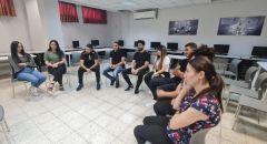 سخنين: أقامة ورشة حوارية حول إدارة الصراع والمشاعر لمجموعة طلاب جامعيين، بتوجيه من الدكتور غزال أبوريا