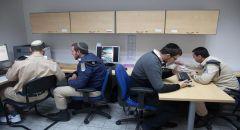 نشر عناصر  للشاباك في المدن ويُسخّر أدوات التجسس ضد المدنيين