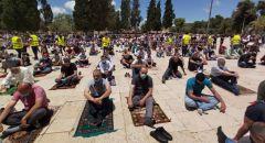 حوالي 35,000 مصل ادوا صلاة الجمعة في المسجد الاقصى