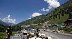 القوات الصينية والهندية تشتبك مجددا في مرتفعات الهمالايا الحدودية