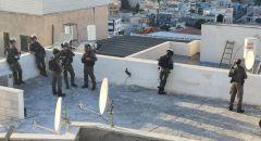 الشرطة تعتقل 14 مشتبهًا من ام الفحم بشبهة حيازة واستخدام سلاح غير قانوني