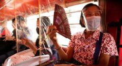 دراسة: الحواجز البلاستيكية لمكافحة الكورونا ترتبط بزيادة خطر الإصابة بالفيروس
