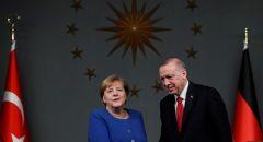 أردوغان لميركل: الاتحاد الأوروبي خضع لضغوط من اليونان وقبرص