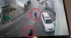 توثيق بالفيديو اطلاق النار في عرابة واصابة شاب بجراح