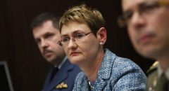 الناتو يرحب باتفاق الدفاع بين اليونان وفرنسا