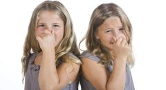 عشرة أسباب لظهور رائحة الفم الكريهة