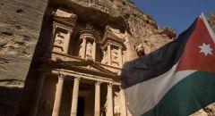 رئيس مركز دراسات أردني: بريطانيا أخذت منا 30 تمثالا من العصر الحجري لترميمها ولم تعدها