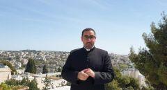 الأب بشار فواضلة من بطريركية القدس للاتين: الخيار الوحيد البقاء في البيت
