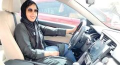 """رنده العمودي سائقة """"تاكسي"""" سعودية تسيء لشرطي المرور.. ومغردون يطالبون بمعاقبتها"""