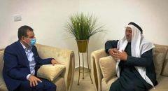 النائب عودة يجتمع مع الشيخ حماد أبو دعابس رئيس الحركة الاسلامية في بيته في رهط