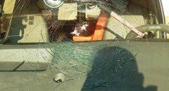 جسر الزرقاء  ,,, القاء حجر على سيّارة اسعاف واعتقال مشتبه