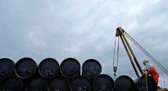 سلطنة عمان تخفض إنتاج النفط 200 ألف برميل يوميا اعتبارا من مايو