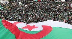 الجزائر تصدر طابعا بريديا بمناسبة استعادة رفات قادة المقاومة الشعبية من فرنسا