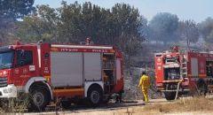 المشهد : اندلاع حريق  كبير في منطقة اشواك وعريه