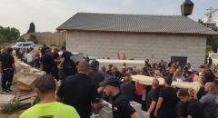 الرملة : تشييع جثامين ضحايا جريمة القتل بالقرب من مفرق اللد