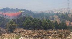 كفركنا : اندلاع النيران في اراض مفتوحة قرب المنازل