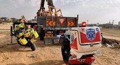 بئر السبع: اصابة بين المتوسطة والخطيرة لعامل سقط عن شاحنة
