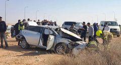 النقب : اصابة خطيرة بانقلاب مركبة قرب ابو تلول