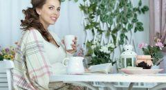 للام الحامل.. تناولي مشروب  الخروب لصحة حملك